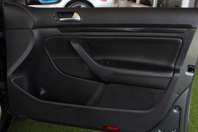 2013 Volkswagen Jetta TDI FWD - ONLY 31K MILES - ONE OWNER! Mooresville , NC 43