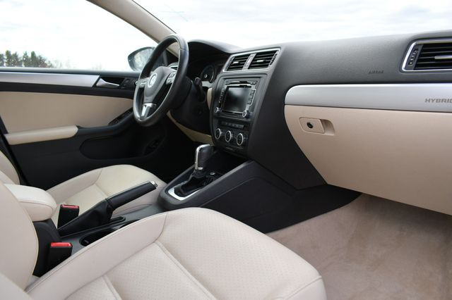 2013 Volkswagen Jetta Hybrid SE Naugatuck, Connecticut 10