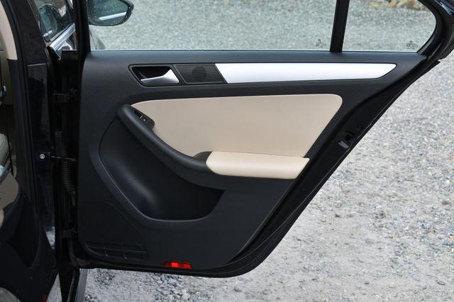 2013 Volkswagen Jetta Hybrid SE Naugatuck, Connecticut 13