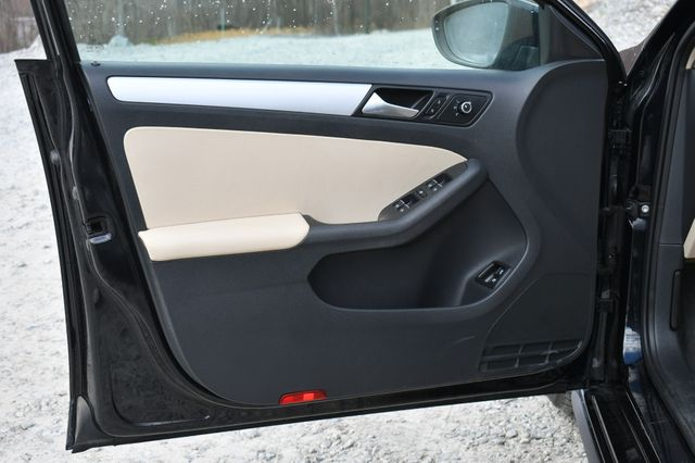 2013 Volkswagen Jetta Hybrid SE Naugatuck, Connecticut 20