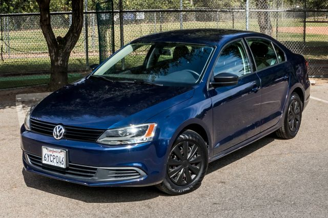 2013 Volkswagen Jetta S - MANUAL - ONLY 36K MILES