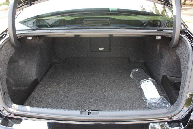 2013 Volkswagen Passat TDI SEL Premium Austin , Texas 17