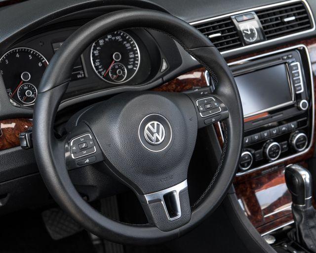 2013 Volkswagen Passat SEL Premium Burbank, CA 18