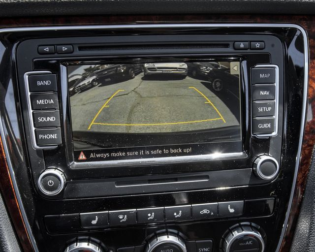 2013 Volkswagen Passat SEL Premium Burbank, CA 23