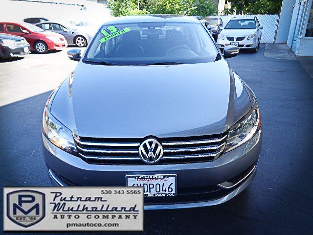2013 Volkswagen Passat SE Chico, CA 1