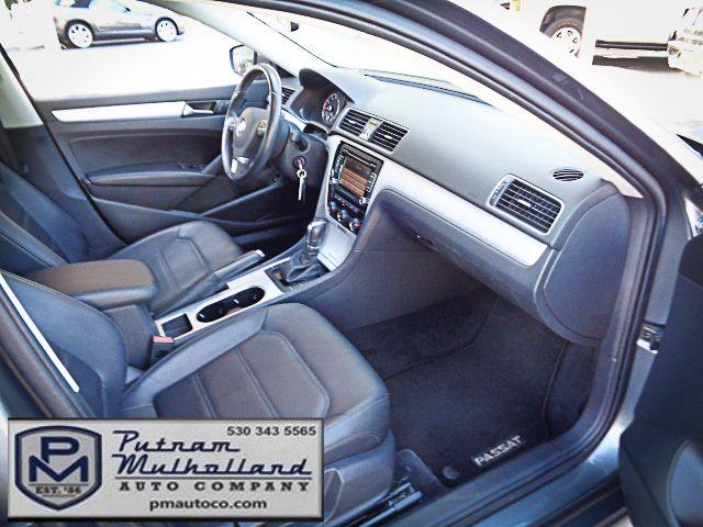 2013 Volkswagen Passat SE Chico, CA 12