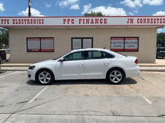 2013 Volkswagen Passat SE w/Sunroof in Devine, Texas 78016