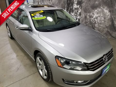 2013 Volkswagen Passat TDI SE w/Sunroof & Nav in Dickinson, ND
