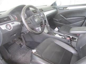 2013 Volkswagen Passat SE Gardena, California 4