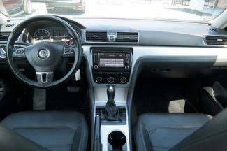 2013 Volkswagen Passat SE Hialeah, Florida 27