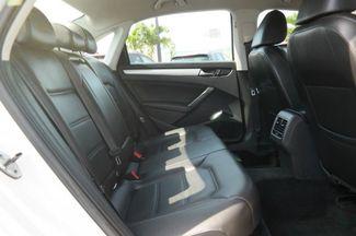 2013 Volkswagen Passat SE Hialeah, Florida 34