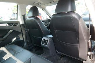 2013 Volkswagen Passat SE Hialeah, Florida 35