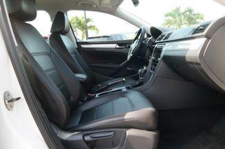 2013 Volkswagen Passat SE Hialeah, Florida 39