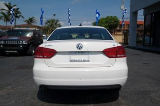 2013 Volkswagen Passat SE Hialeah, Florida 4