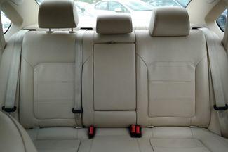2013 Volkswagen Passat SE Hialeah, Florida 22