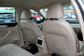 2013 Volkswagen Passat SE Hialeah, Florida 36
