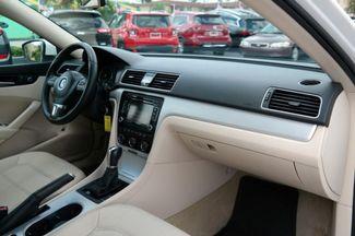 2013 Volkswagen Passat SE Hialeah, Florida 41