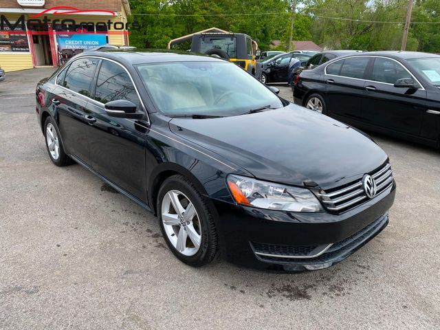 2013 Volkswagen Passat SE w/Sunroof in Knoxville, Tennessee 37917