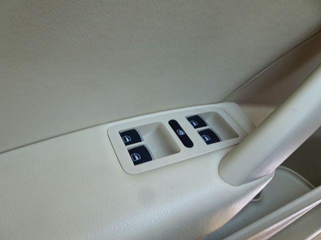 2013 Volkswagen Passat TDI SE w/Sunroof & Nav Madison, NC 23