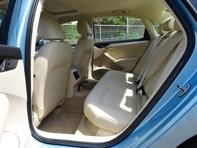 2013 Volkswagen Passat TDI SE w/Sunroof & Nav Madison, NC 29