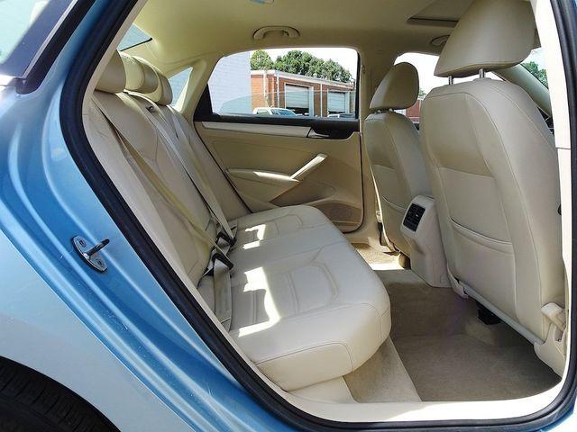 2013 Volkswagen Passat TDI SE w/Sunroof & Nav Madison, NC 32