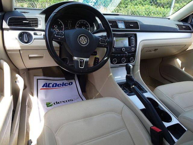 2013 Volkswagen Passat TDI SE w/Sunroof & Nav Madison, NC 35