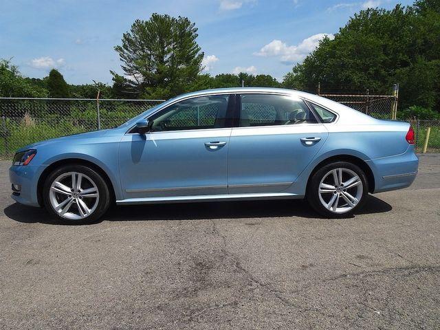 2013 Volkswagen Passat TDI SE w/Sunroof & Nav Madison, NC 5