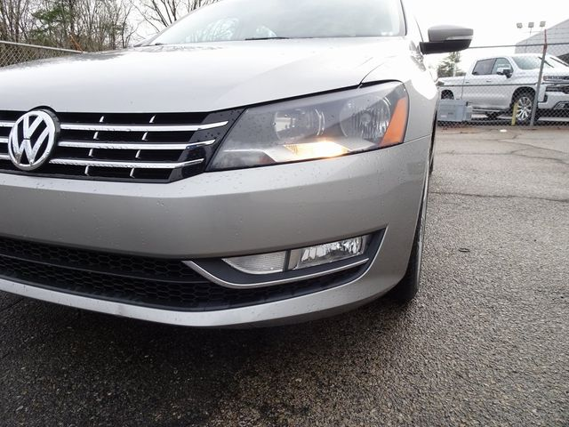 2013 Volkswagen Passat TDI SE w/Sunroof & Nav Madison, NC 9