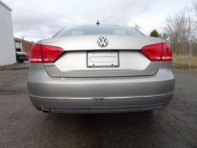 2013 Volkswagen Passat TDI SE w/Sunroof & Nav Madison, NC 2