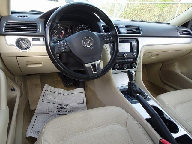 2013 Volkswagen Passat TDI SE w/Sunroof & Nav Madison, NC 33