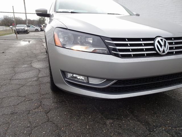 2013 Volkswagen Passat TDI SE w/Sunroof & Nav Madison, NC 8