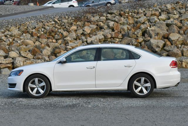 2013 Volkswagen Passat SE w/Sunroof Naugatuck, Connecticut 1