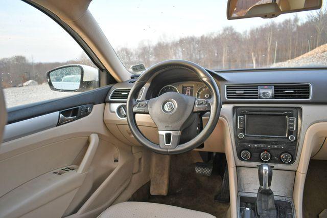 2013 Volkswagen Passat SE w/Sunroof Naugatuck, Connecticut 11