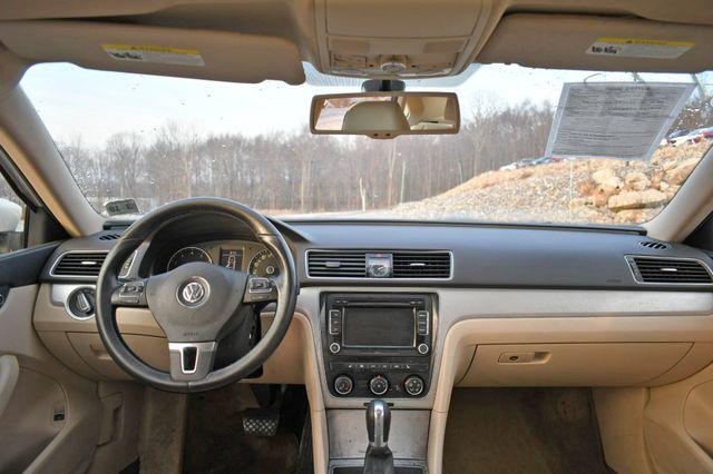 2013 Volkswagen Passat SE w/Sunroof Naugatuck, Connecticut 12
