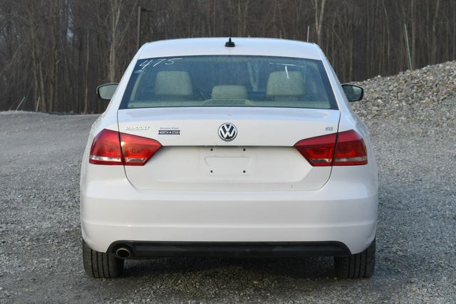2013 Volkswagen Passat SE w/Sunroof Naugatuck, Connecticut 3