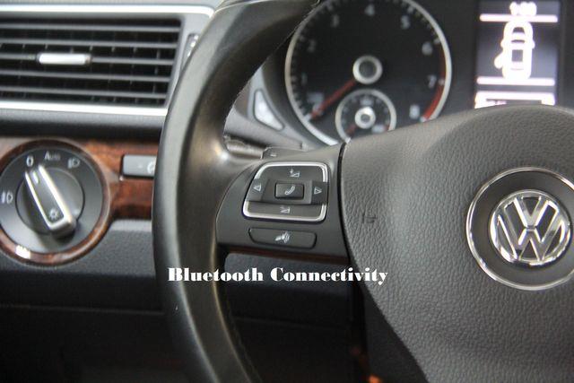 2013 Volkswagen Passat V6 SEL Premium Richmond, Virginia 9