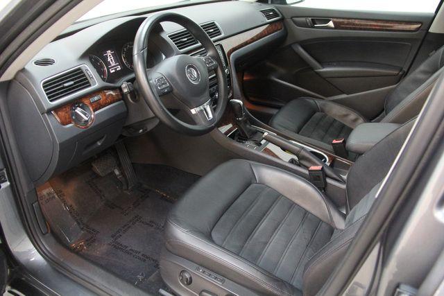 2013 Volkswagen Passat V6 SEL Premium Richmond, Virginia 2