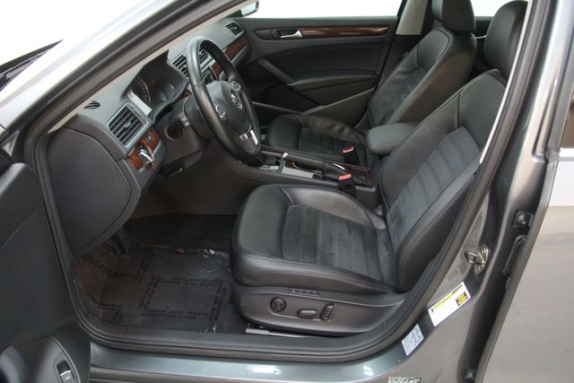2013 Volkswagen Passat V6 SEL Premium Richmond, Virginia 15