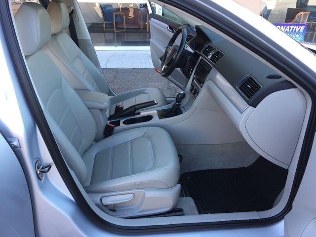 2013 Volkswagen Passat SE 3 MONTH/3,000 MILE NATIONAL POWERTRAIN WARRANTY Mesa, Arizona 13