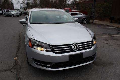 2013 Volkswagen Passat SE w/Sunroof & Nav in Shavertown