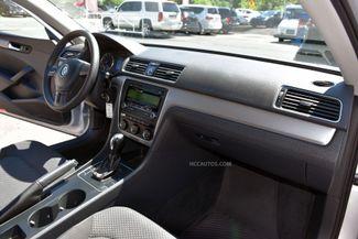 2013 Volkswagen Passat S Waterbury, Connecticut 15