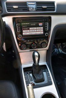 2013 Volkswagen Passat SE w/Sunroof Waterbury, Connecticut 26