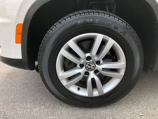 2013 Volkswagen Tiguan S Knoxville , Tennessee 9