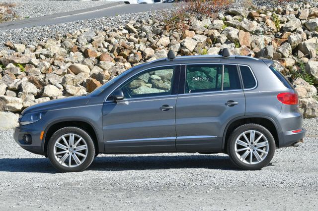 2013 Volkswagen Tiguan SE w/Sunroof Naugatuck, Connecticut 1