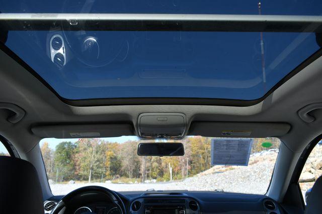 2013 Volkswagen Tiguan SE w/Sunroof Naugatuck, Connecticut 19