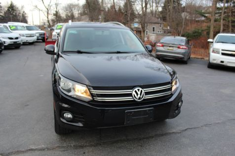 2013 Volkswagen Tiguan SE in Shavertown