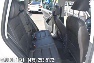 2013 Volkswagen Tiguan SE w/Sunroof & Nav Waterbury, Connecticut 17
