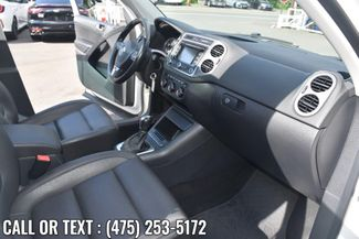 2013 Volkswagen Tiguan SE w/Sunroof & Nav Waterbury, Connecticut 19