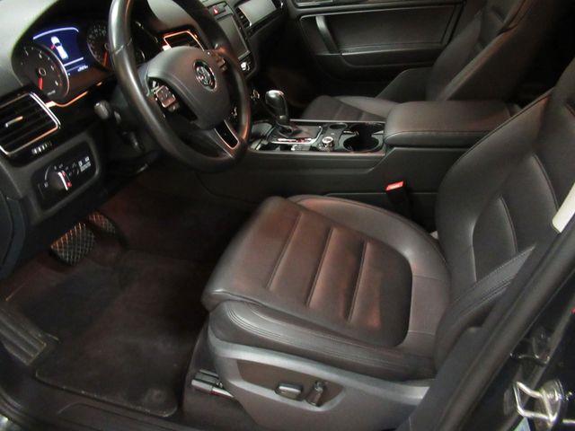 2013 Volkswagen Touareg Sport w/Nav Austin , Texas 12