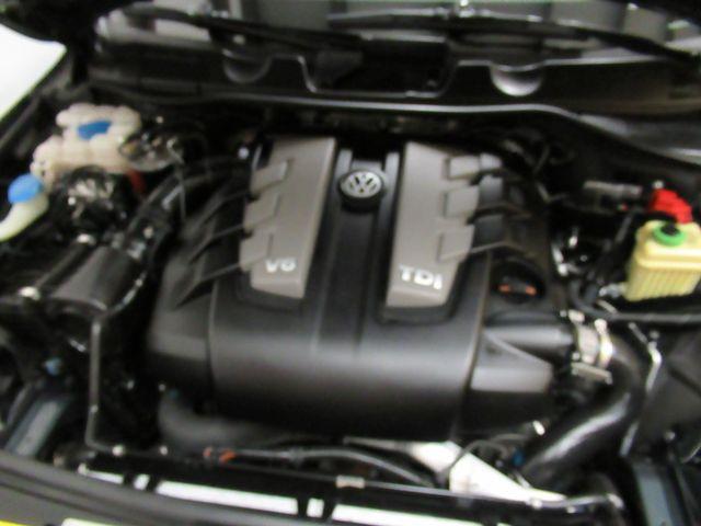 2013 Volkswagen Touareg Sport w/Nav Austin , Texas 21